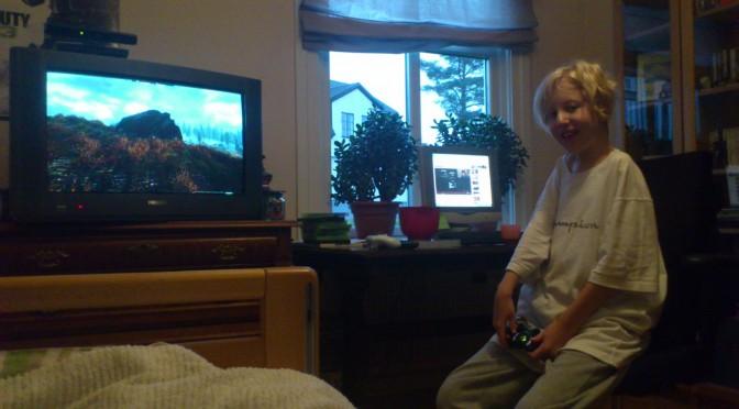 Hugo lörd 12/11-11 så ser ni att han mår bra :)