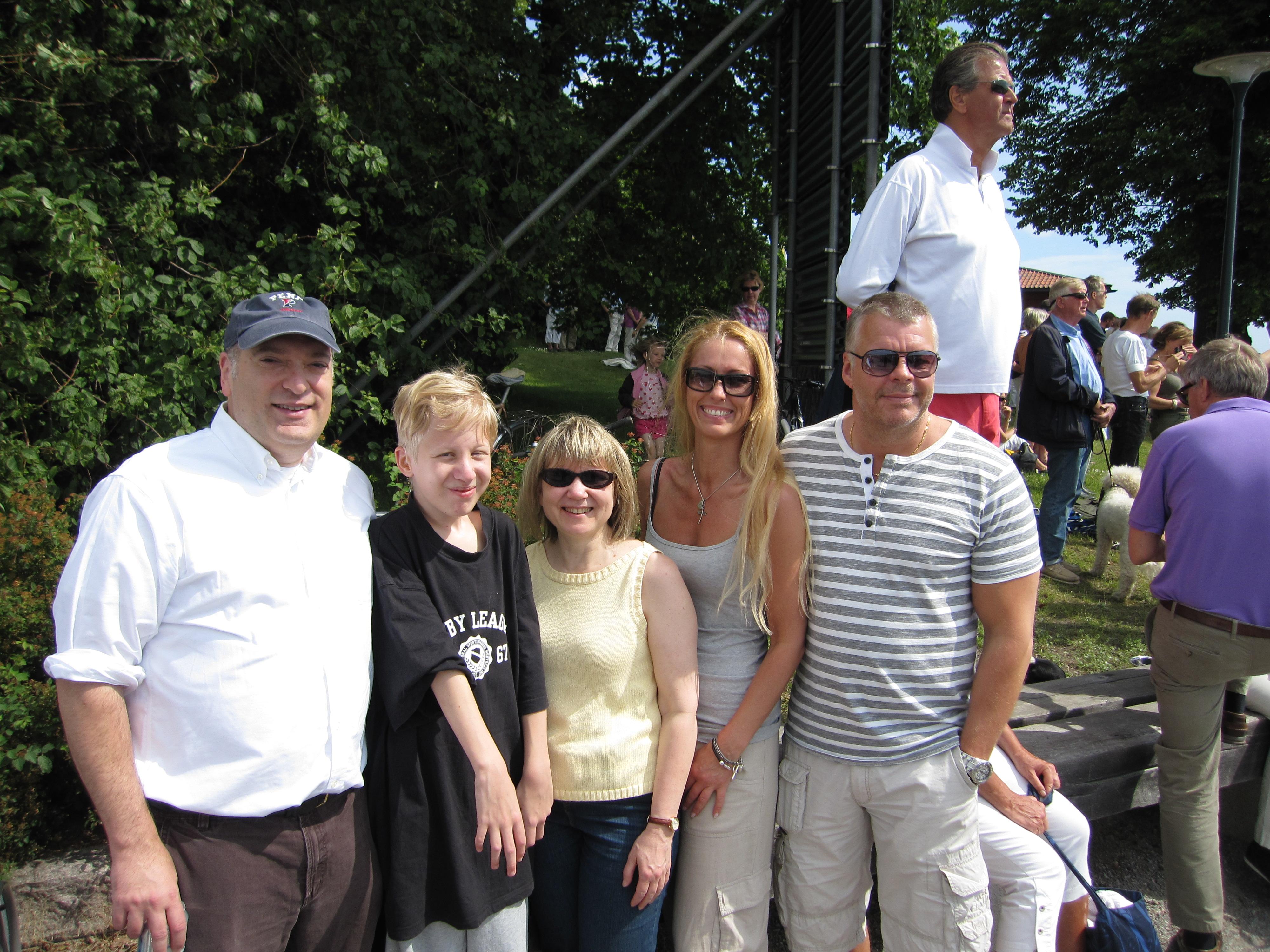 Dr Bob Pignolo, Hugo,Dr Eileen Shore, Marie & Pelle